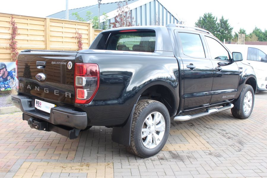 FORD RANGER WILDTRAK TDCI 200 4X4 DOUBLE CAB WITH ROLL'N'LOCK TOP - 6801 - 5