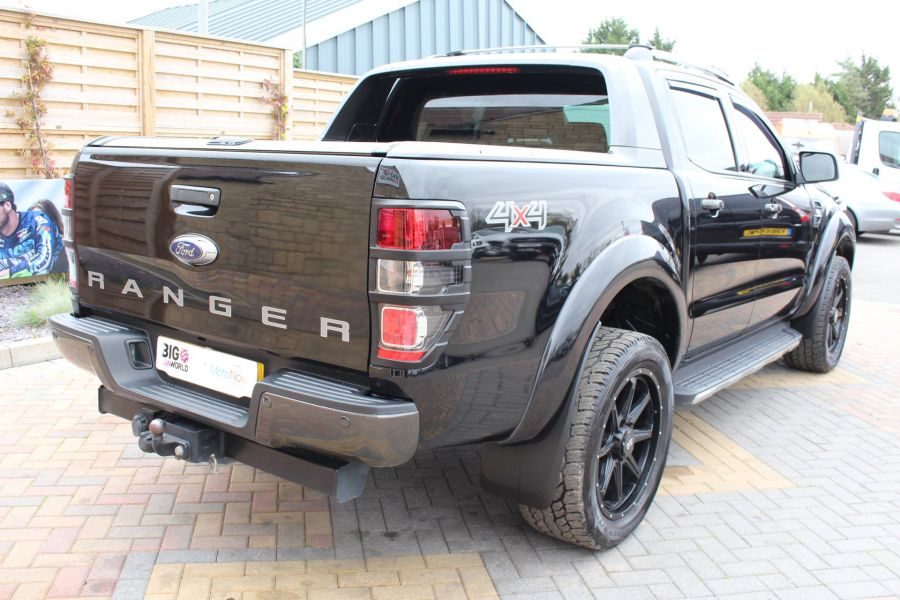 FORD RANGER WILDTRAK TDCI 200 4X4 DOUBLE CAB WITH ROLL'N'LOCK TOP - 8607 - 5
