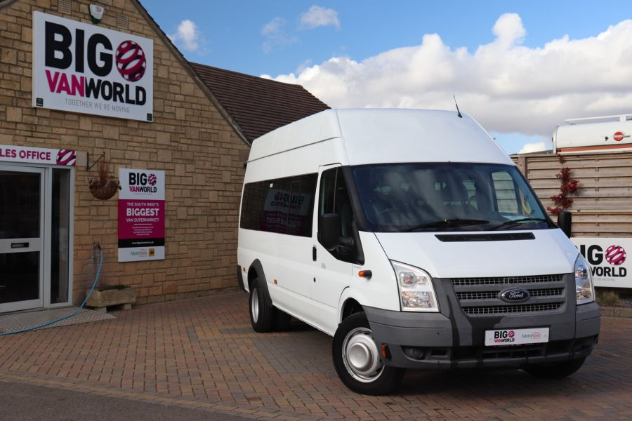 FORD TRANSIT 430 TDCI 135 EL LWB 17 SEAT BUS HIGH ROOF WITH WHEELCHAIR ACCESS RAMP DRW RWD - 10401 - 1