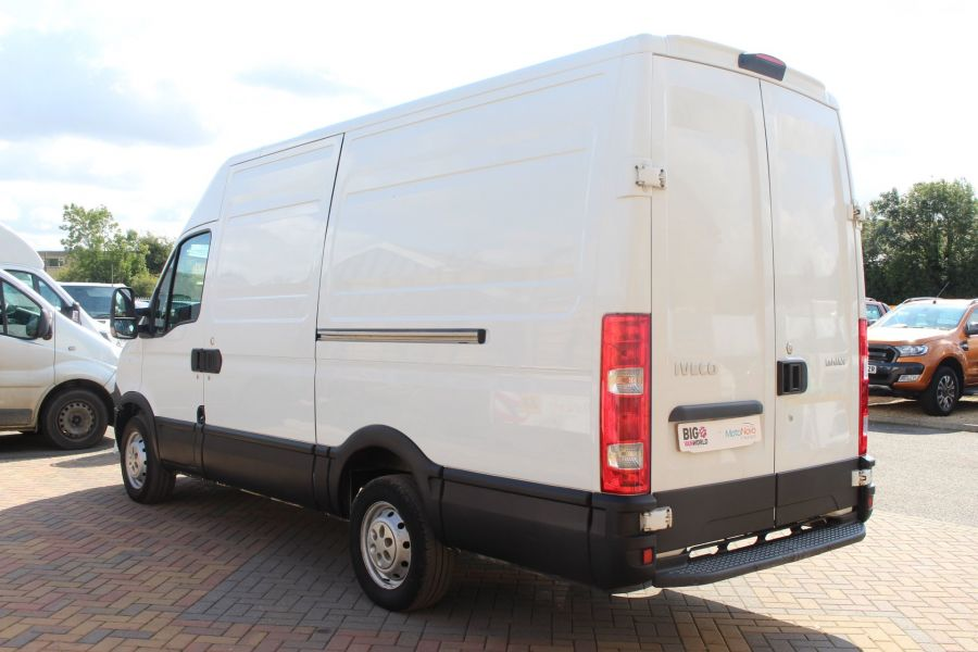 IVECO DAILY 35S11V MWB HIGH ROOF 3520WB - 6151 - 7