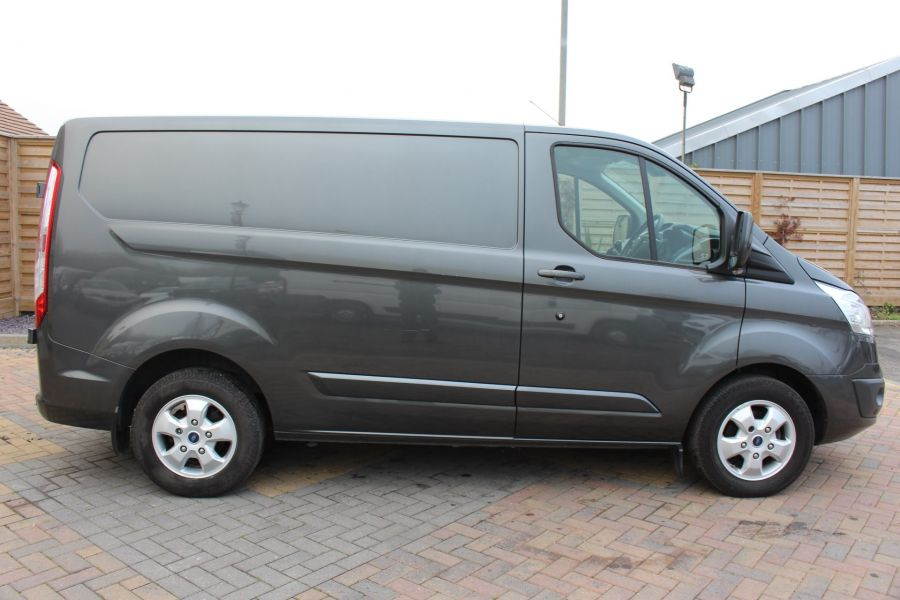 FORD TRANSIT CUSTOM 270 TDCI 125 L1 H1 LIMITED SWB LOW ROOF - 8050 - 4