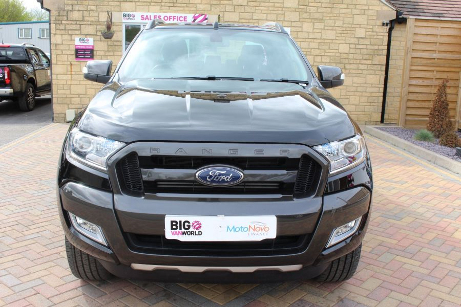 FORD RANGER WILDTRAK TDCI 197 4X4 DOUBLE CAB WITH ROLL'N'LOCK TOP - 7635 - 9