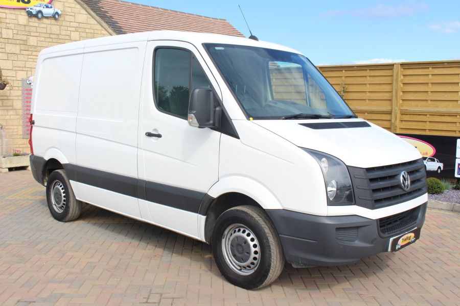 VOLKSWAGEN CRAFTER CR30 TDI 109 BHP SWB LOW ROOF - 6069 - 1
