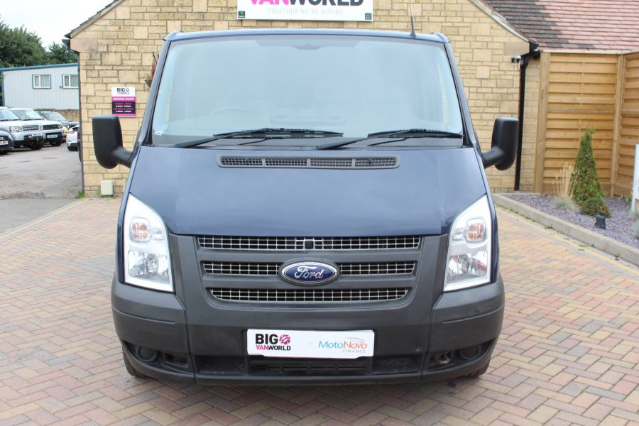 FORD TRANSIT 300 TDCI 125 SWB LOW ROOF FWD - 4530 - 9
