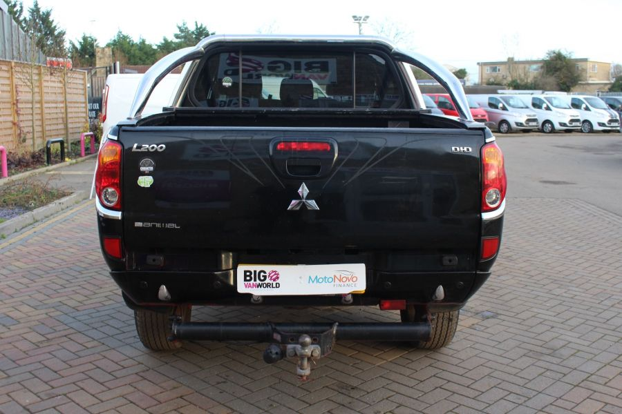 MITSUBISHI L200 ANIMAL DI-D LWB DOUBLE CAB WITH ROLL'N'LOCK TOP - 7085 - 6