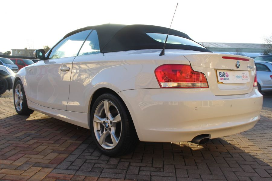 BMW 1 SERIES 120D EXCLUSIVE EDITION - 5886 - 8