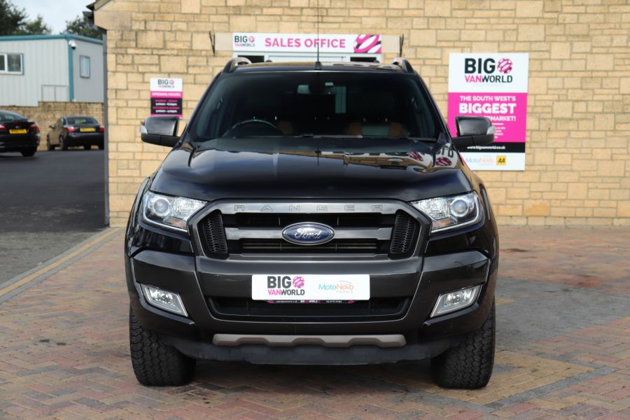 FORD RANGER WILDTRAK TDCI 200 4X4 DOUBLE CAB WITH TRUCKMAN TOP - 9555 - 10