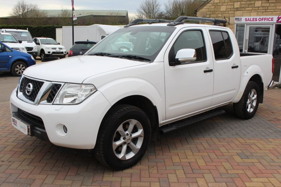 NISSAN NAVARA DCI 190 TEKNA CONNECT 4X4 DOUBLE CAB - 7425 - 8