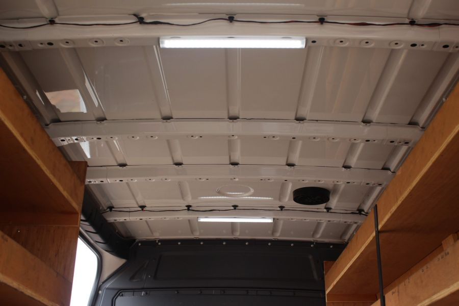 MERCEDES SPRINTER 316 CDI MWB HIGH ROOF - 6253 - 24