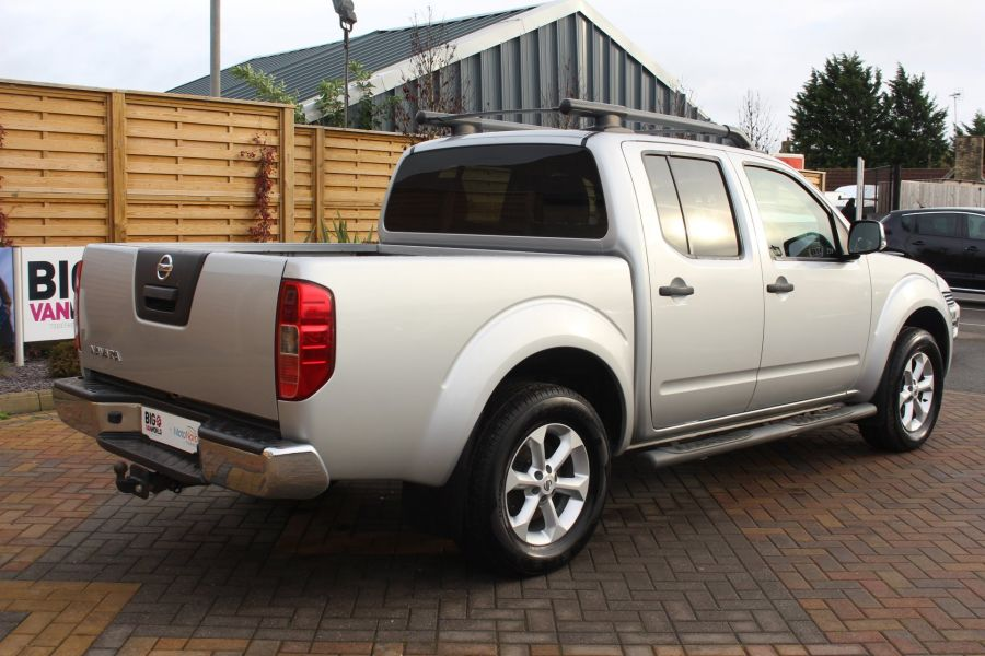 NISSAN NAVARA DCI 190 TEKNA CONNECT 4X4 DOUBLE CAB - 6839 - 5