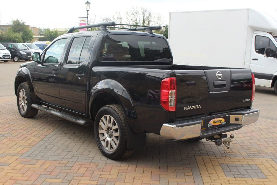 NISSAN NAVARA OUTLAW 3.0 DCI 231 4X4 DOUBLE CAB - 4546 - 6