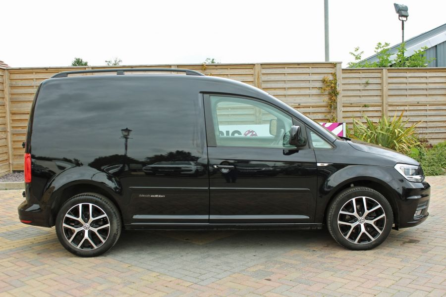 VOLKSWAGEN CADDY C20 TDI 102 BLACK EDITION - 9301 - 4