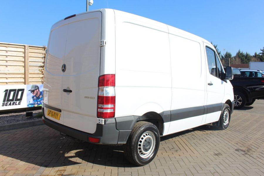 MERCEDES SPRINTER 313 CDI SWB STANDARD LOW ROOF - 8790 - 5