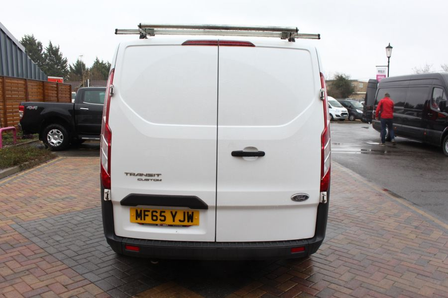FORD TRANSIT CUSTOM 270 TDCI 125 L1 H1 SWB LOW ROOF FWD - 8450 - 6