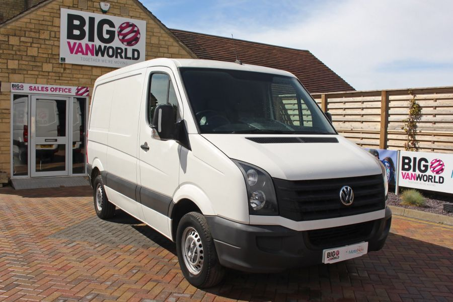 VOLKSWAGEN CRAFTER CR30 TDI 109 SWB LOW ROOF - 9154 - 3