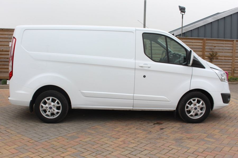FORD TRANSIT CUSTOM 290 TDCI 155 L1 H1 LIMITED SWB LOW ROOF FWD - 9074 - 4