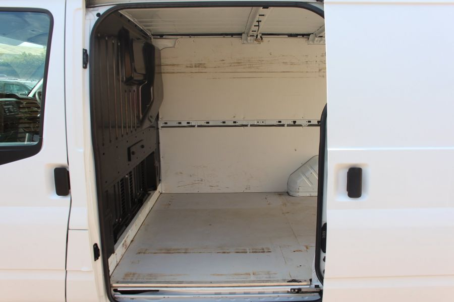FORD TRANSIT 280 TDCI 125 SWB LOW ROOF FWD - 6451 - 19