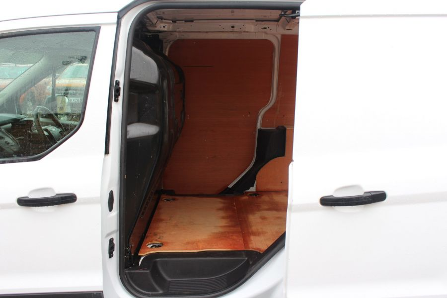 FORD TRANSIT CONNECT 200 TDCI 95 L1 H1 SWB LOW ROOF - 6616 - 17
