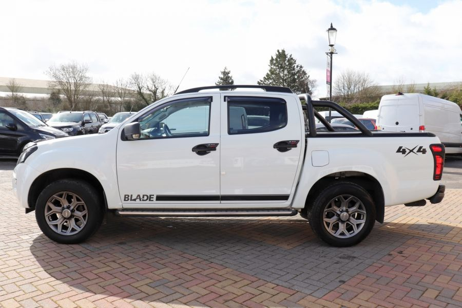 ISUZU D-MAX TD 164 TWIN TURBO BLADE DOUBLE CAB WITH ROLL'N'LOCK TOP  (14049) - 12327 - 11