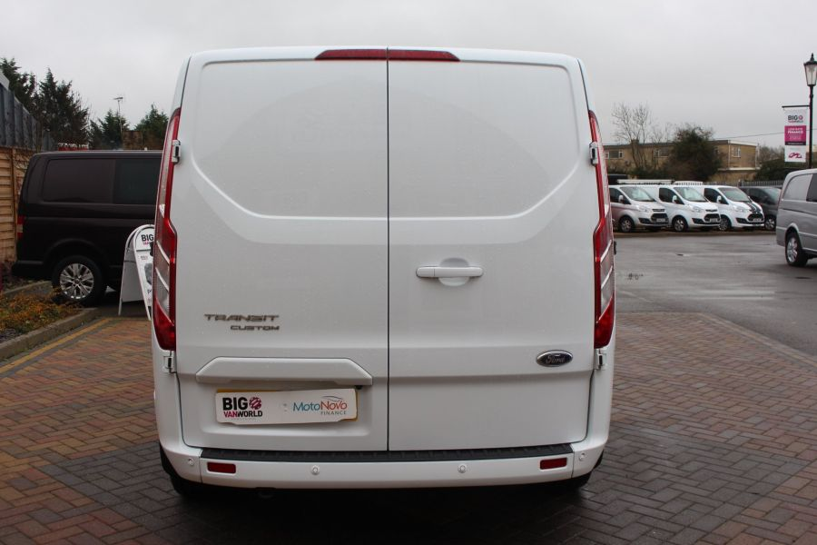 FORD TRANSIT CUSTOM 290 TDCI 155 L1 H1 LIMITED DOUBLE CAB 6 SEAT CREW VAN SWB LOW ROOF FWD - 6940 - 6