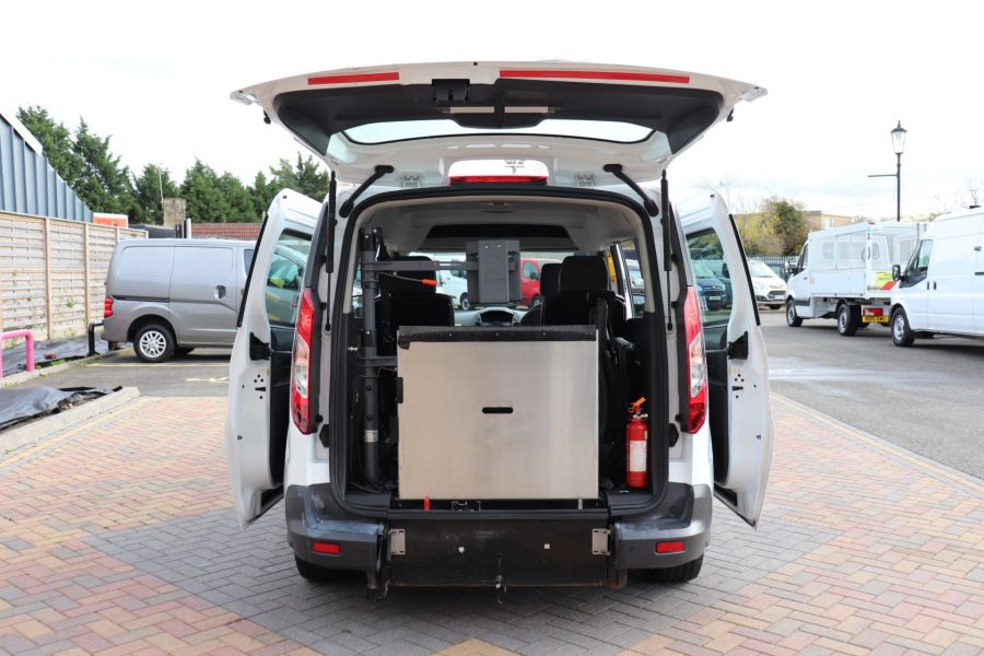 FORD GRAND TOURNEO CONNECT TDCI 95 COMBI VAN WITH WHEELCHAIR ACCESS - 11545 - 39