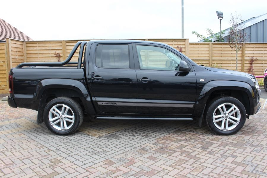 VOLKSWAGEN AMAROK A32 BITDI 180 CANYON 4MOTION SPECIAL EDITION DOUBLE CAB AUTO WITH ROLL'N'LOCK TOP - 6869 - 4