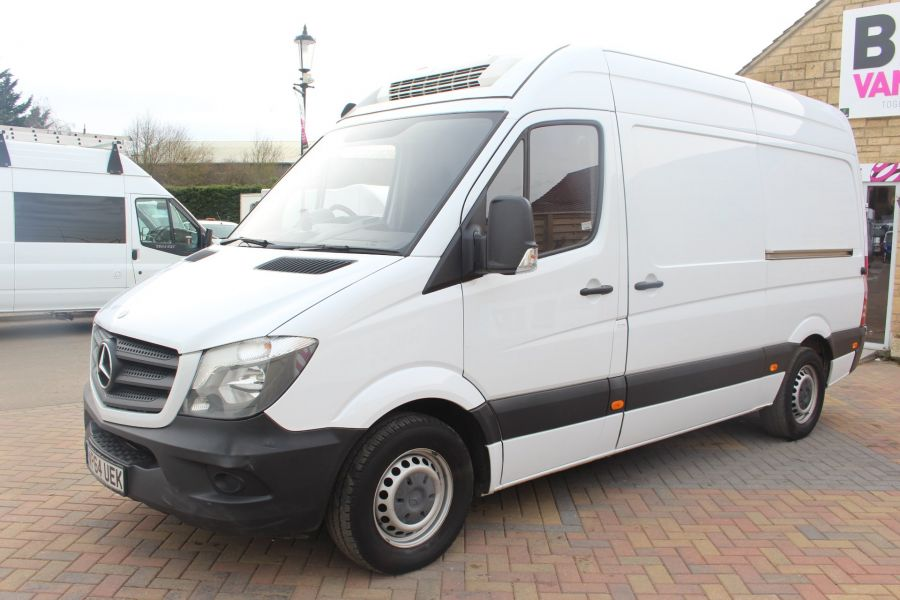MERCEDES SPRINTER 313 CDI MWB HIGH ROOF FRIDGE / FREEZER VAN WITH OVERNIGHT - 7254 - 8