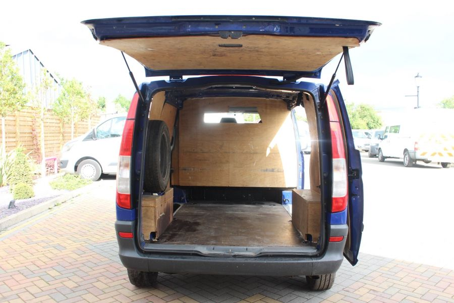 MERCEDES VITO 109 CDI COMPACT SWB LOW ROOF - 6539 - 16