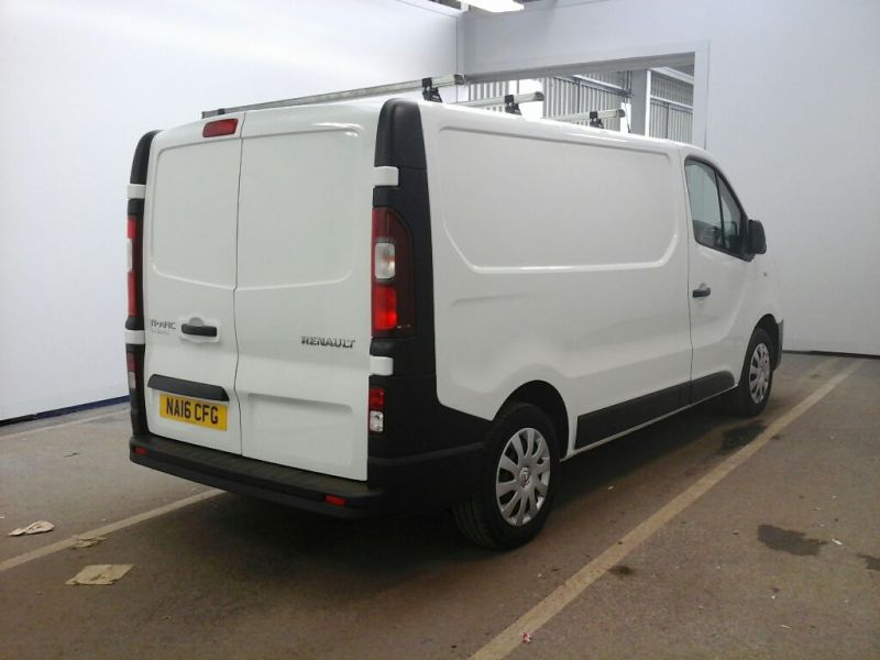 RENAULT TRAFIC SL27 DCI 115 BUSINESS SWB LOW ROOF - 9738 - 2