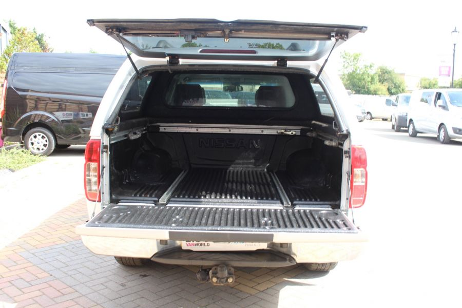 NISSAN NAVARA DCI 190 TEKNA CONNECT 4X4 DOUBLE CAB AUTO WITH TRUCKMAN TOP - 5975 - 25