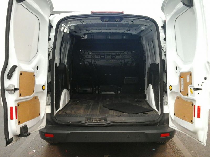 FORD TRANSIT CONNECT 200 TDCI 115 L1 H1 LIMITED SWB LOW ROOF - 8501 - 4