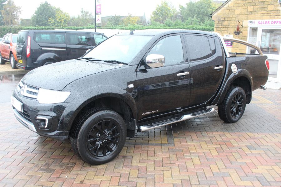 MITSUBISHI L200 DI-D 176 4X4 BARBARIAN BLACK LB SPECIAL EDITIONS DOUBLE CAB WITH ROLL'N'LOCK TOP - 6848 - 8