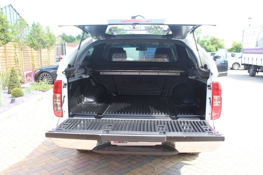 NISSAN NAVARA DCI 190 TEKNA CONNECT 4X4 DOUBLE CAB WITH SPORT TRUCKMAN TOP - 6295 - 24