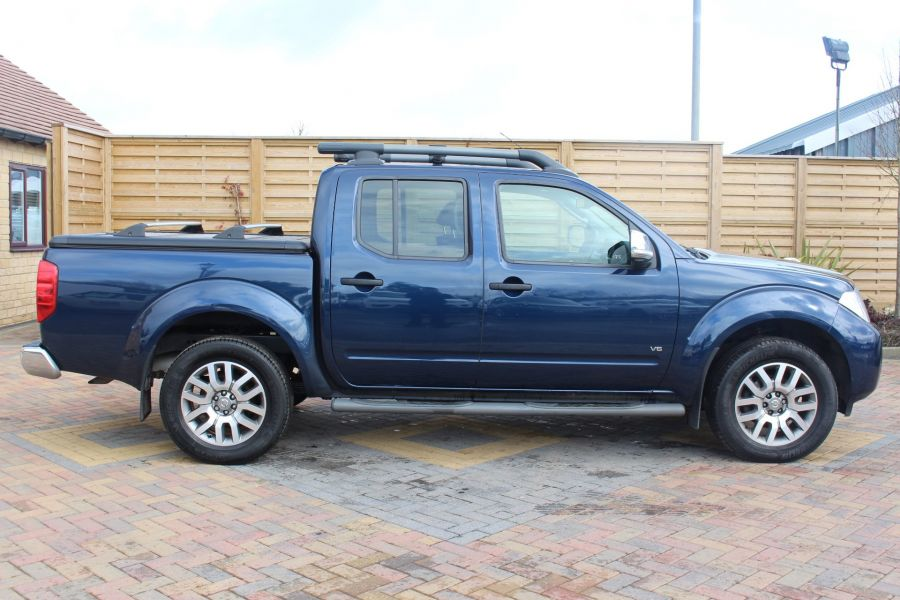 NISSAN NAVARA OUTLAW DCI 231 4X4 DOUBLE CAB WITH MOUNTAIN TOP - 7465 - 4