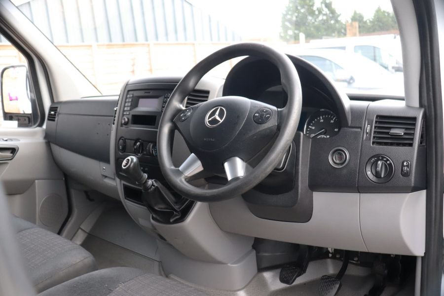 MERCEDES SPRINTER 314 CDI 140 MWB HIGH ROOF - 12097 - 3