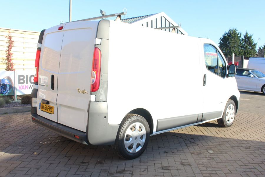 RENAULT TRAFIC SL27 DCI 115 L1 H1 SWB LOW ROOF - 7060 - 5