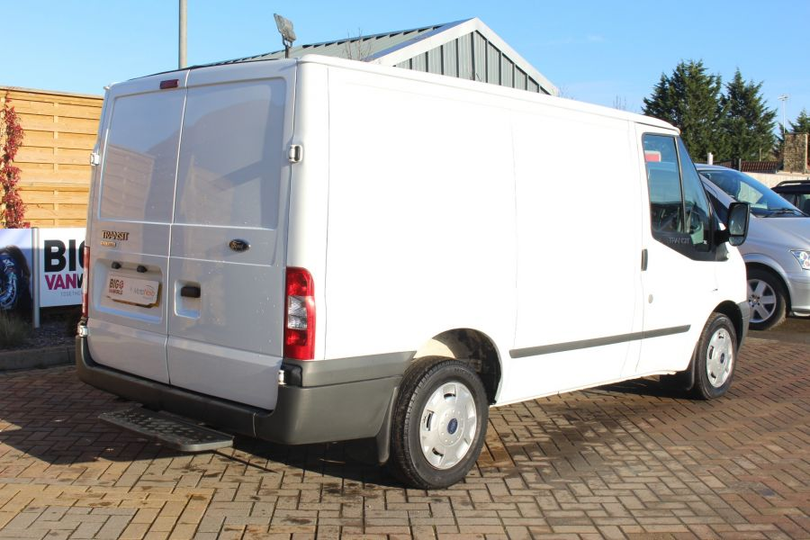 FORD TRANSIT 280 TDCI 125 TREND SWB LOW ROOF FWD - 7044 - 5
