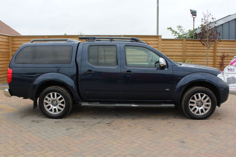 NISSAN NAVARA OUTLAW V6 DCI 231 4X4 DOUBLE CAB WITH TRUCKMAN TOP - 6769 - 4