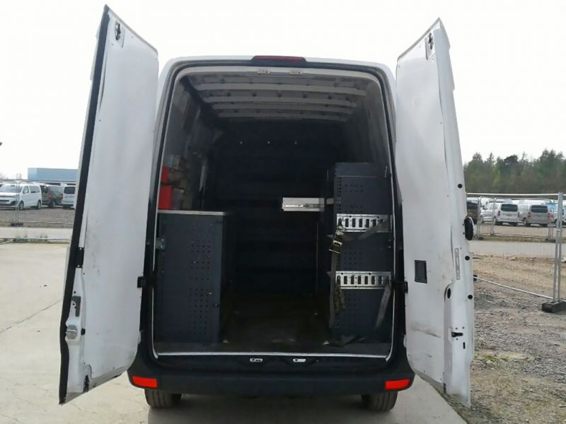 VOLKSWAGEN CRAFTER CR35 TDI 163 MWB HIGH ROOF - 9377 - 11