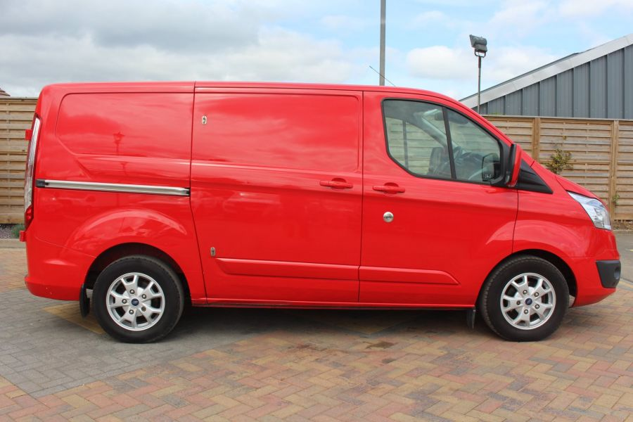 FORD TRANSIT CUSTOM 290 TDCI 125 L1 H1 LIMITED SWB LOW ROOF FWD - 9116 - 4