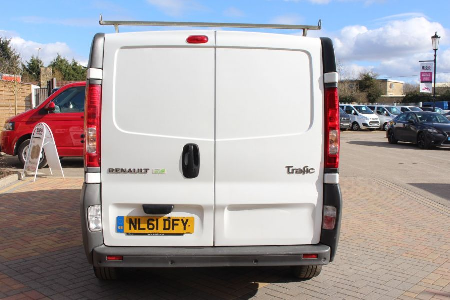 RENAULT TRAFIC SL27 DCI 115 SWB LOW ROOF - 7262 - 6