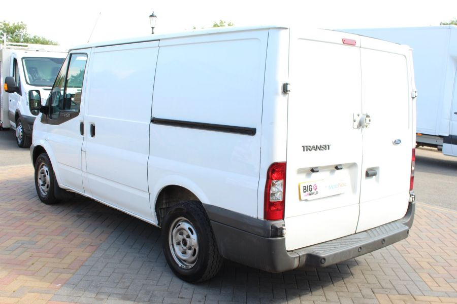 FORD TRANSIT 260 TDCI 85 SWB LOW ROOF FWD - 8235 - 7