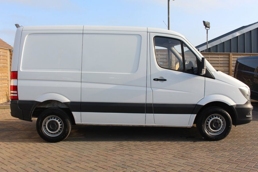 MERCEDES SPRINTER 313 CDI 129 SWB STANDARD LOW ROOF - 9142 - 4