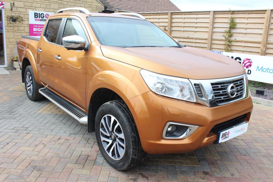 NISSAN NP300 NAVARA DCI 190 TEKNA 4X4 DOUBLE CAB WITH ROLL'N'LOCK TOP - 8313 - 1