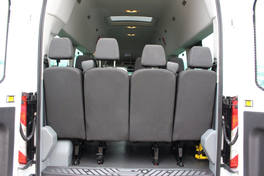 FORD TRANSIT 460 TDCI 125 L4 H3 TREND 17 SEAT BUS HIGH ROOF DRW RWD - 8462 - 26