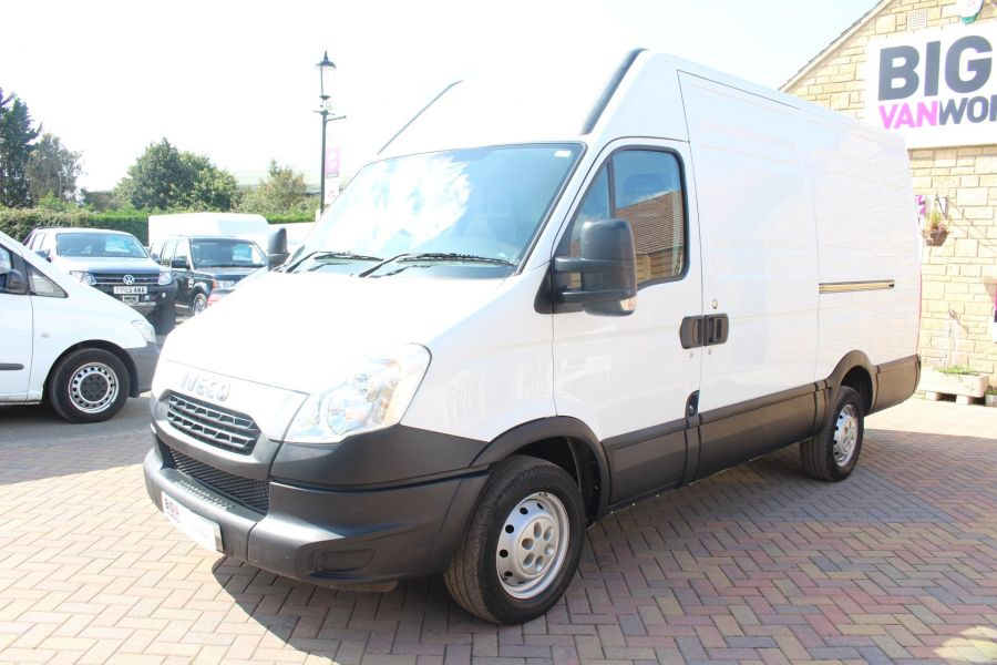 IVECO DAILY 35S11V MWB HIGH ROOF 3520WB - 6151 - 8