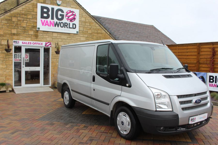 FORD TRANSIT 260 TDCI 100 TREND SWB LOW ROOF FWD - 7515 - 3