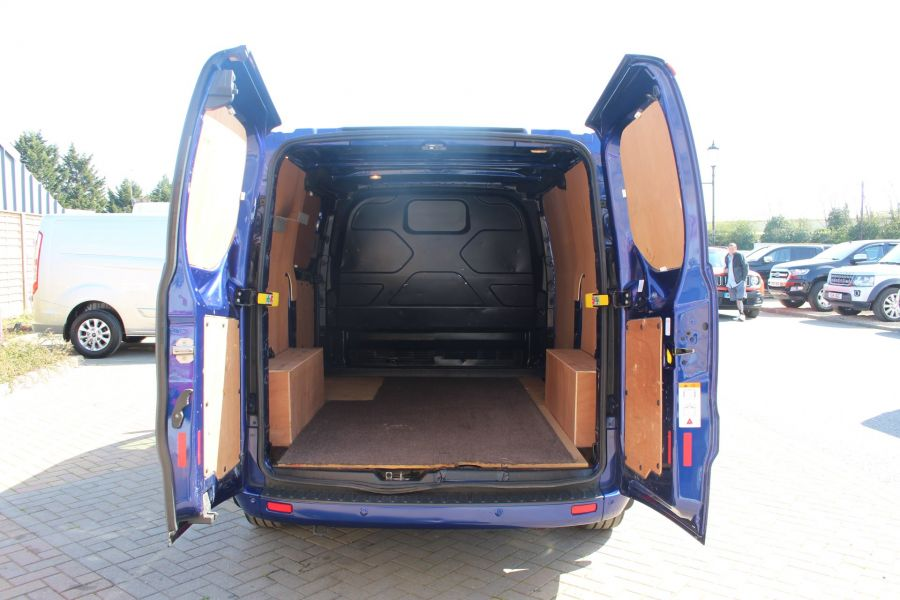 FORD TRANSIT CUSTOM 270 TDCI 155 L1 H1 LIMITED SWB LOW ROOF FWD - 9029 - 17