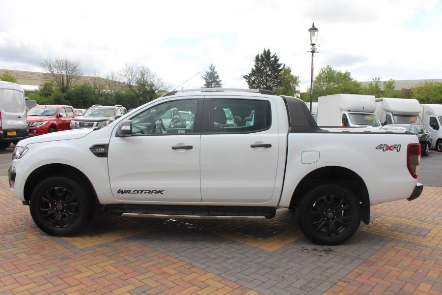 FORD RANGER WILDTRAK TDCI 200 4X4 DOUBLE CAB WITH ROLL'N'LOCK TOP - 9156 - 8