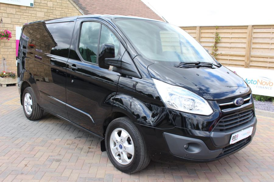 FORD TRANSIT CUSTOM 290 TDCI 125 L1 H1 LIMITED SWB LOW ROOF - 8045 - 1